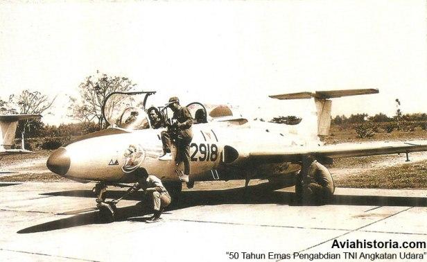 Aero-L-29-TNI-AU-2