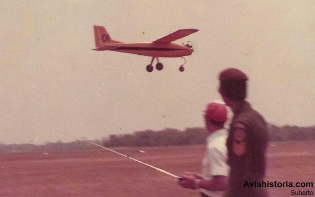 Uji terbang drone TNI-AD Aerial Target.