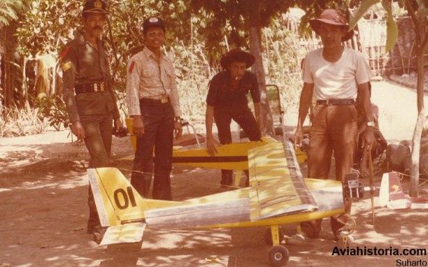 Drone TNI-AD Aerial Target diuji penembakan di Malang tahun 1987.