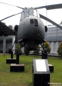 """Tampak depan Mi-4 """"Hound"""""""