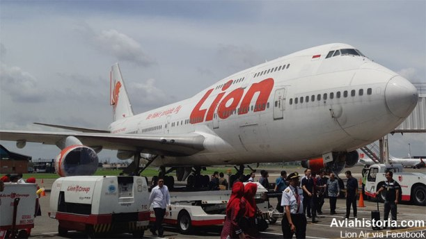 Boeing-747-Lion-Air-Farewell-5