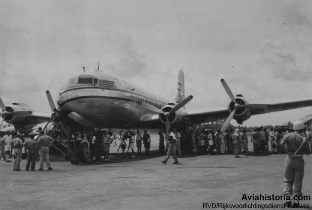 Penerbangan-Survei-CNAC-ke-Batavia-1