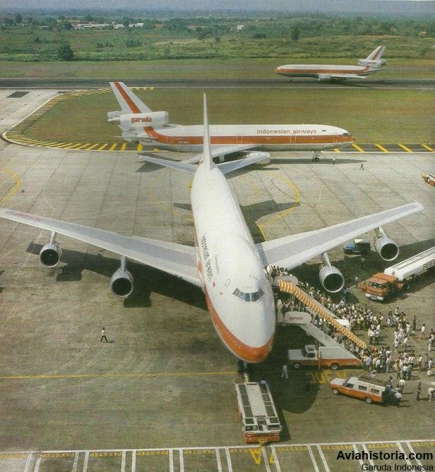 Boeing-747-200-Membuka-Era-Jumbo-Jet-di-Indonesia-3